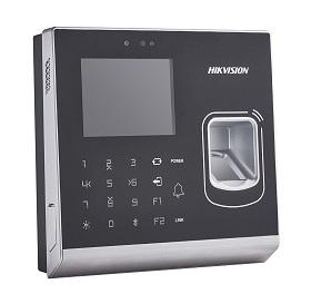 DS-K1T201EF-C  IP Tabanlı Geçiş Kontrol Terminali (Proximity Kart Okuyucu + Parmak İzi + Dahili Kamera)